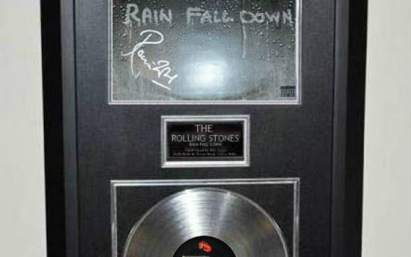 The Rolling Stones – Rain Fall Down