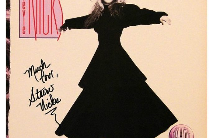 Stevie Nicks – Rock A Little