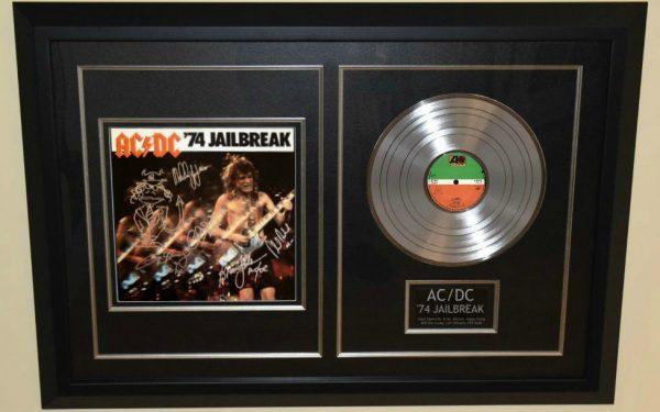 AC/DC – '74 Jailbreak