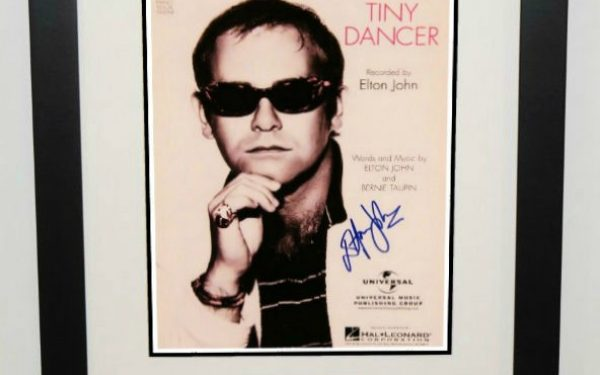 Elton John – Tiny Dancer