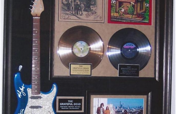 #1 The Grateful Dead Signed Guitar Display