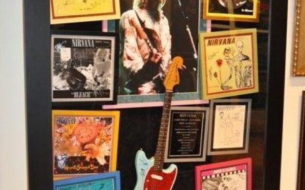 #1-Nirvana Signed Guitar Display