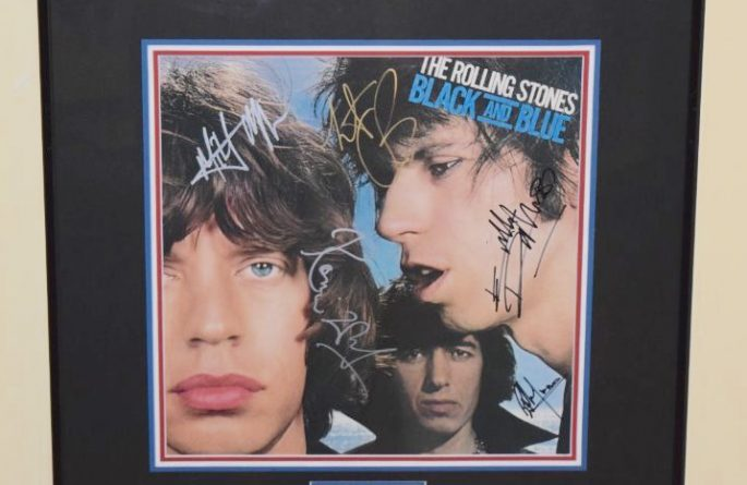 #1-Rolling Stones – Black and Blue