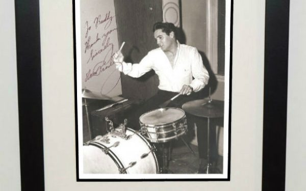 #7-Elvis Presley Signed 8×10 Photograph