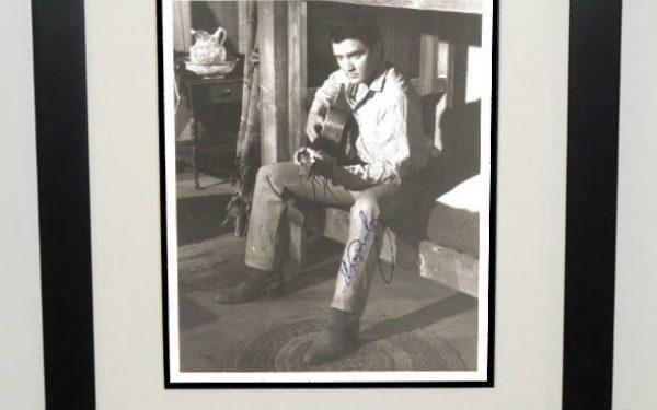 #6-Elvis Presley Signed Photograph