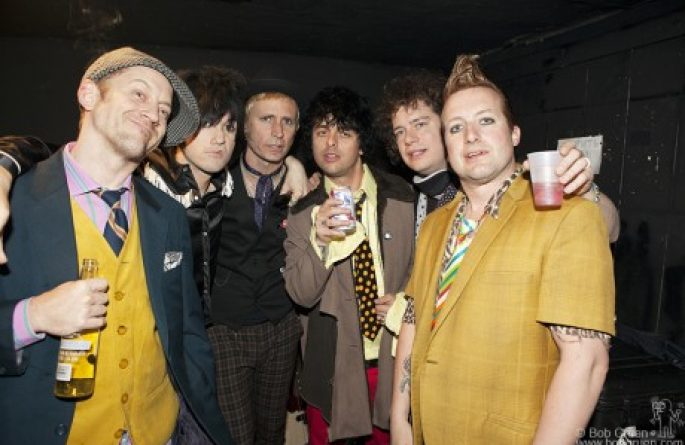 Foxboro Hot Tubs, NYC, 2010