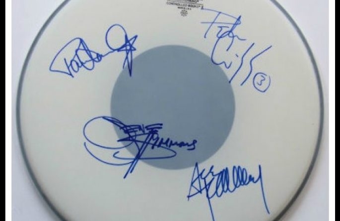 Kiss – Drum Head