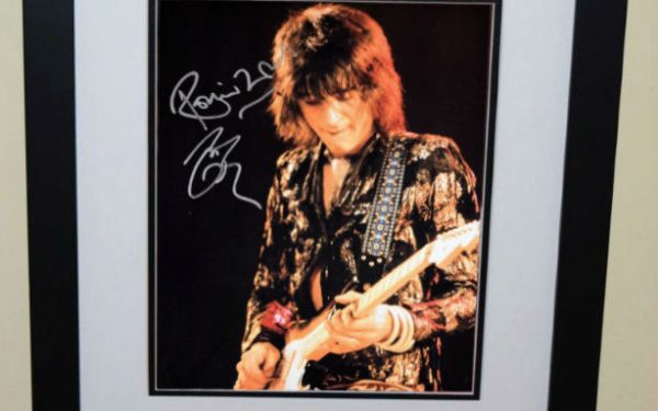 #1 Ronnie Wood Signed 11×14 Photograph