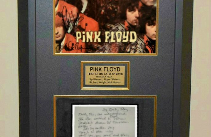 Pink Floyd – Piper At The Gates Of Dawn