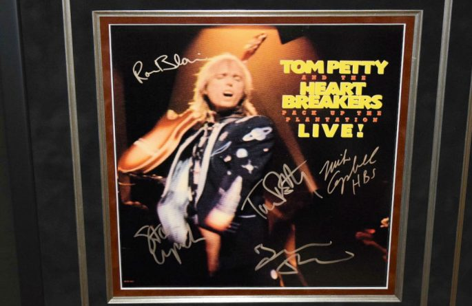 #1-Tom Petty & The Heartbreakers – Pack Up The Plantation Live!