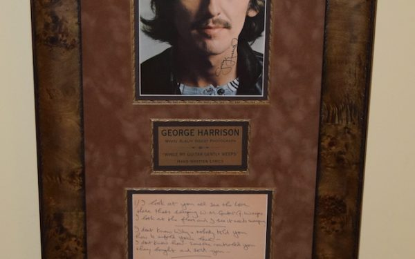 George Harrison – While My Guitar Gently Weeps