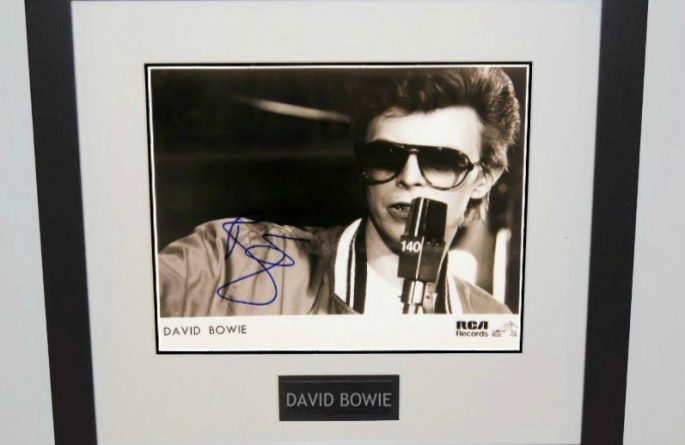 #8 David Bowie Signed 8×10 Photograph