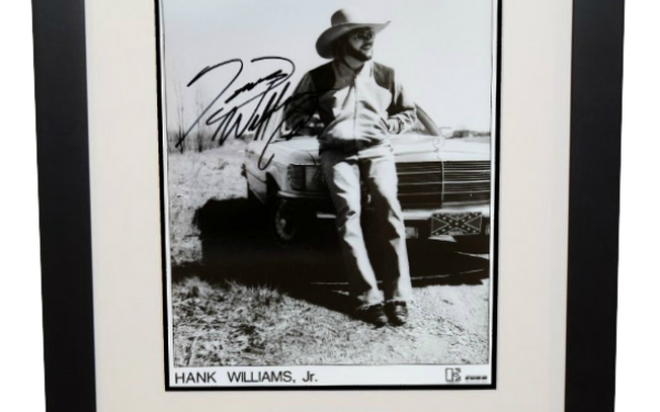 Hank Williams Jr. Signed 8×10 Photograph