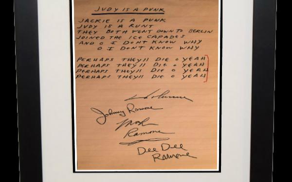 Ramones – Judy Is A Punk