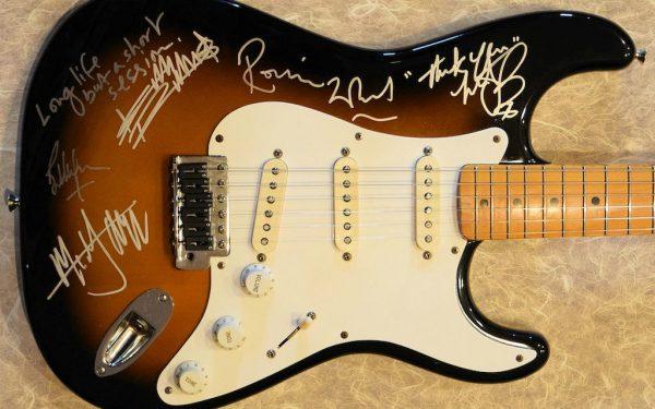 Rolling Stones – Sunburst Fender Stratocaster