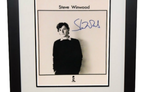 Steve Winwood Signed 8×10 Photograph