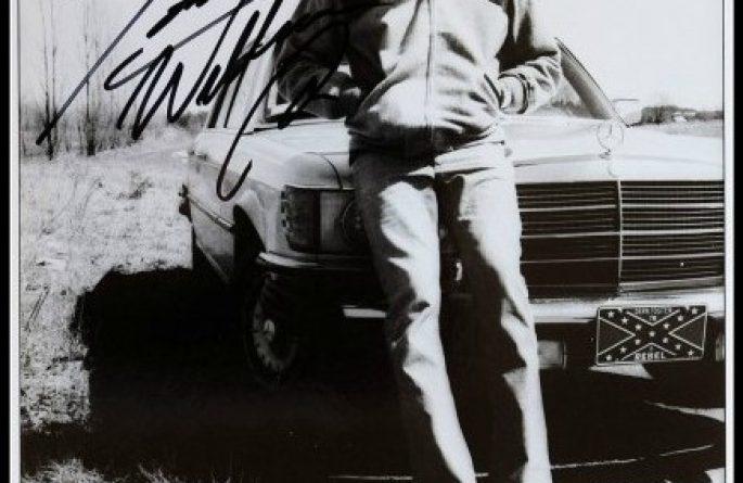 Hank Williams Jr. Signed 8×10 Photograph
