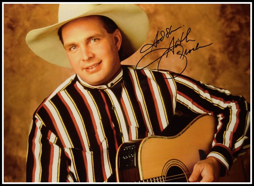 garth brooks hand signed collectibles rock star gallery signed photosrock star gallery. Black Bedroom Furniture Sets. Home Design Ideas