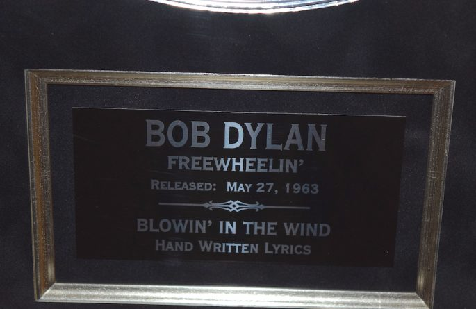 Bob Dylan – Blowin In The Wind