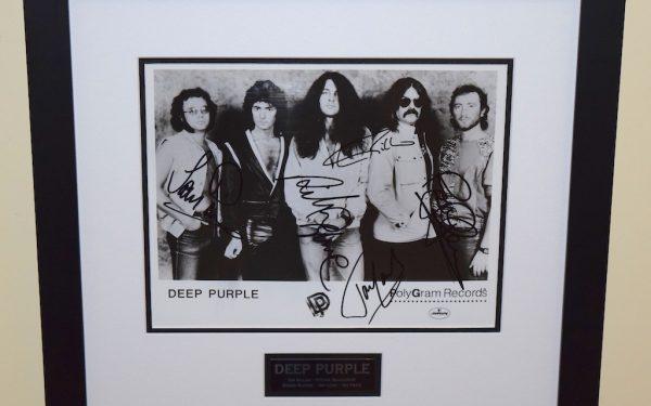 Deep Purple Signed 8×10 Photograph
