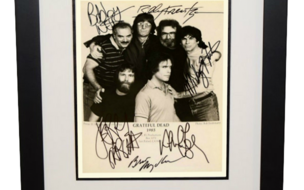 #3-Grateful Dead Signed 8×10 Photograph