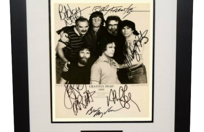 #3-Grateful Dead Signed 8×10 Photograph
