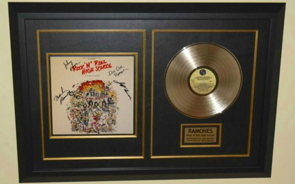 Ramones – Rock 'N' Roll High School