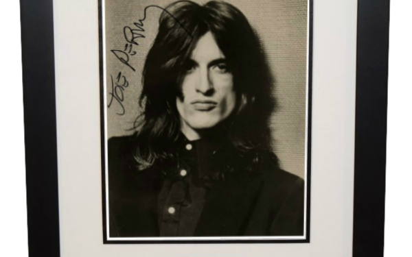 Joe Perry Signed 8×10 Photograph