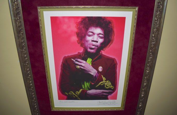 Jimi Hendrix – Machine Gun