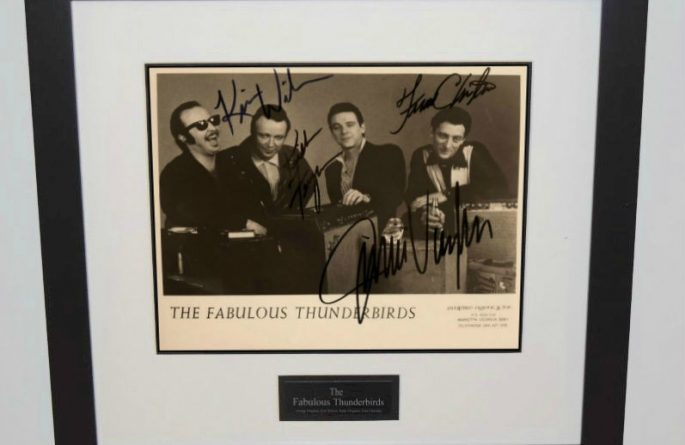 Fabulous Thunderbirds Signed 8×10 Photograph
