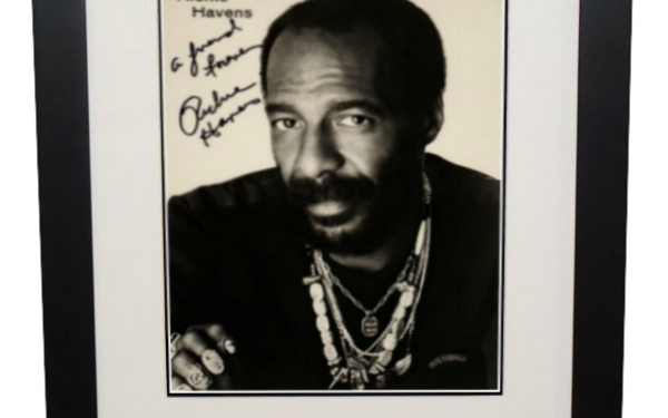 Richie Havens Signed 8×10 Photograph