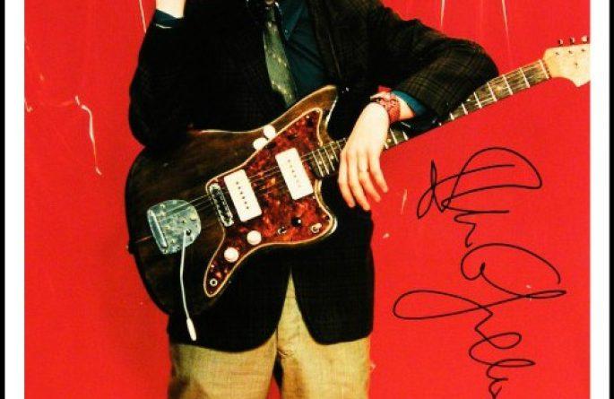 Elvis Costello Signed 8×10 Photograph