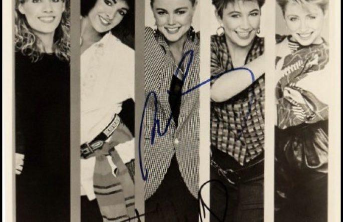 Go Go's Signed 8×10 Photograph