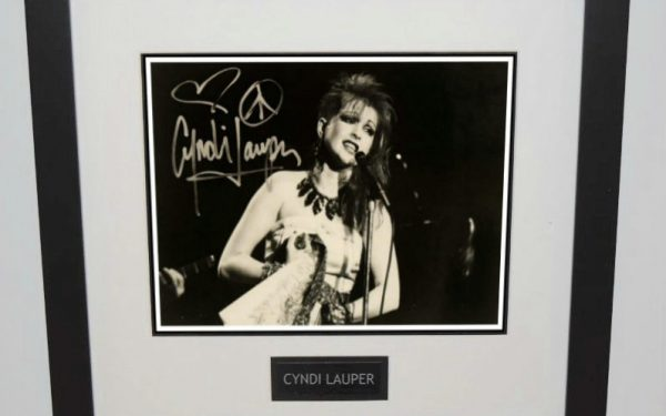 Cyndi Lauper Signed 8×10 Photograph