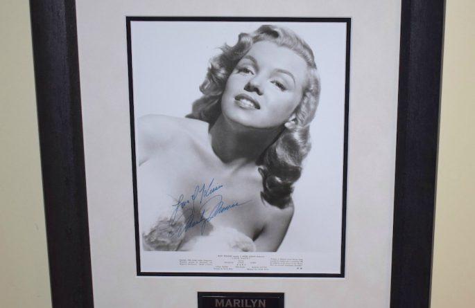 #1 Marilyn Monroe Signed 8×10 Photograph