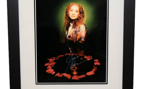 Joan Osborne Signed 8×10 Photograph