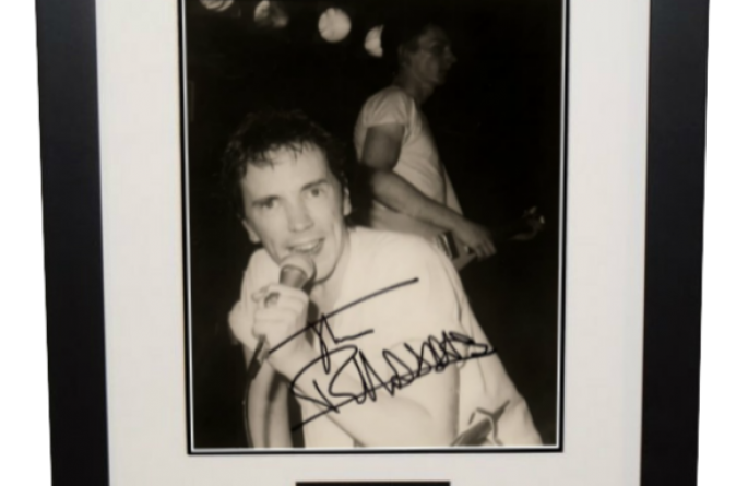 Johnny Rotten Signed 8×10 Photograph