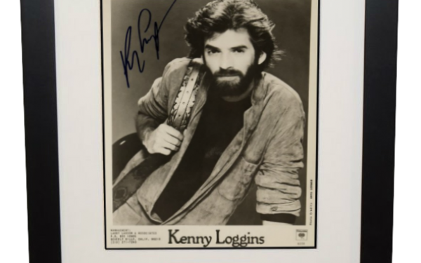 Kenny Loggins Signed 8×10 Photograph