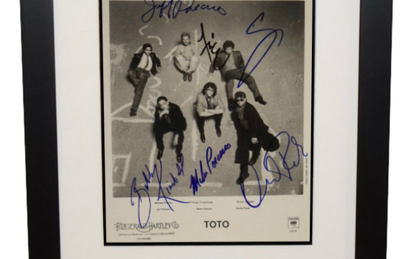 Toto Signed 8×10 Photogrpah