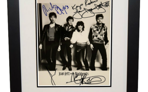 Joan Jett and the Blackhearts Signed 8×10 Photograph