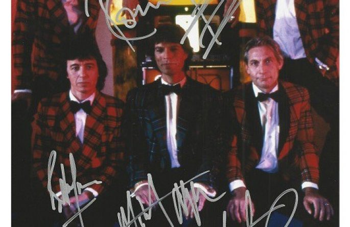 #11-Rolling Stones Signed 8×10 Photograph