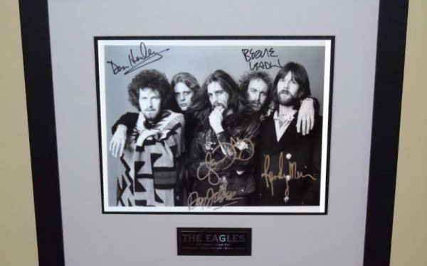 #4-Eagles Signed 8×10 Photograph