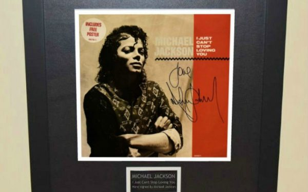 Michael Jackson – I Just Can't Stop Loving You