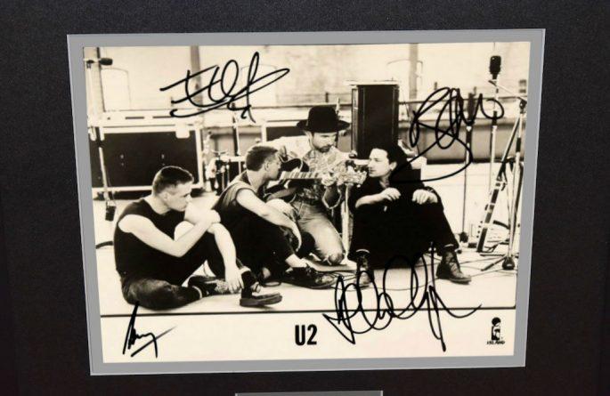 #9-U2 Signed 8×10 Photograph