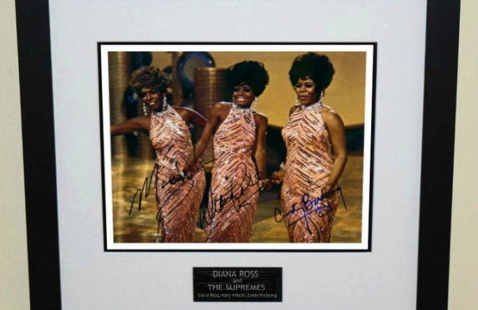 Diana Ross & The Supremes Signed 8×10 Photograph
