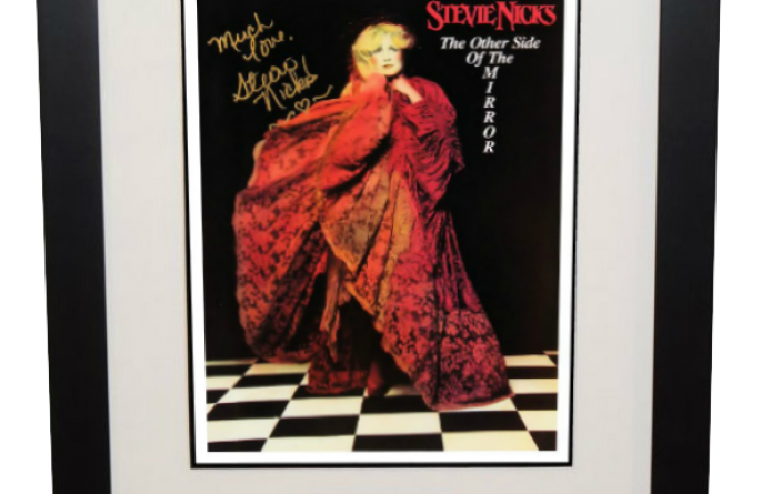 Stevie Nicks – The Other Side Of The Mirror Tour Book