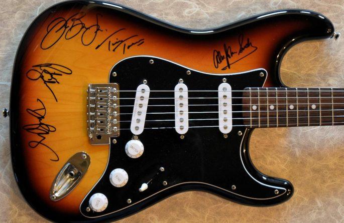 Bon Jovi Sunburst Fender Squier Stratocaster