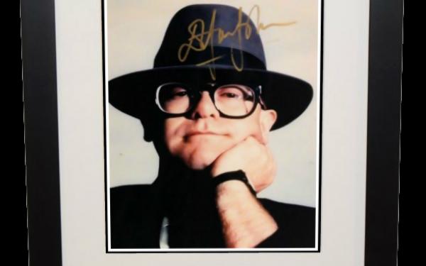 #7-Elton John 8×10 Photograph