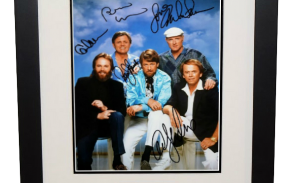 #2 Beach Boys Signed 8×10 Photograph