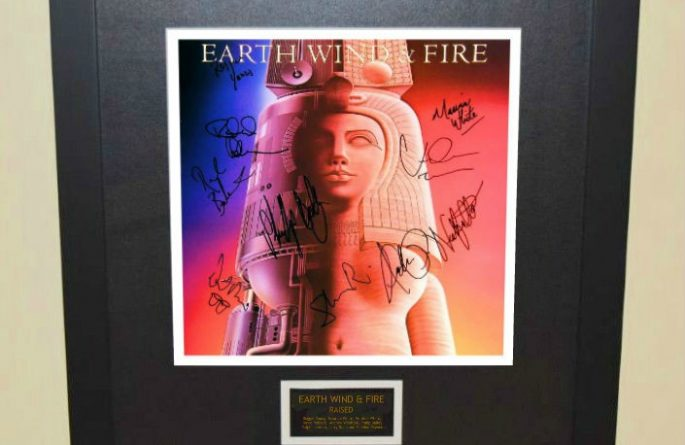 Earth Wind & Fire – Raised